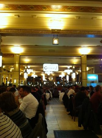 Brasserie Georges: georges eating hall