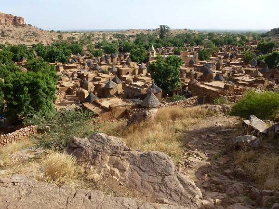 Bandiagara Cliffs (Dogon Country): Just one abandoned village