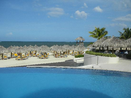 Iberostar Rose Hall Suites: Beautiful CLEAN beach