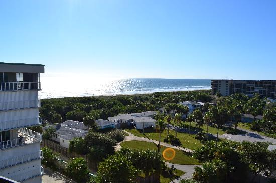 Hampton Inn Cocoa Beach/Cape Canaveral: View from Balcony