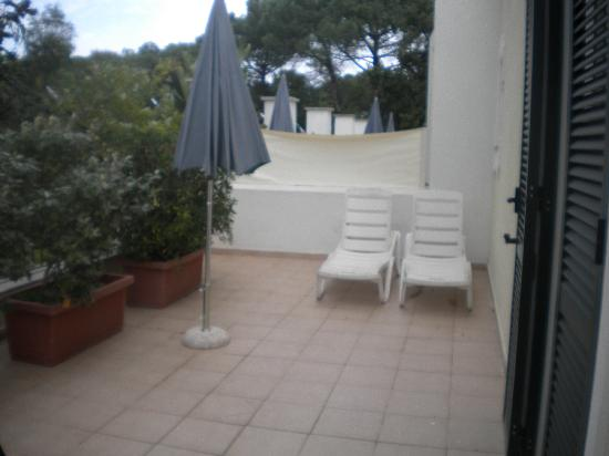 Villa Durrueli: terrazza della camera