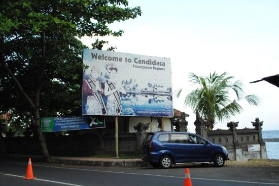 Candidasa, Indonesia: Billboard