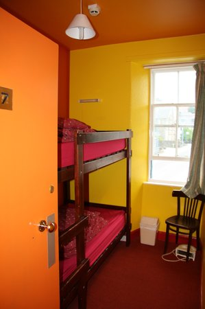 Portree Independent Hostel: A room