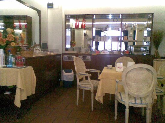 Hotel Girasole: La sale per la colazione