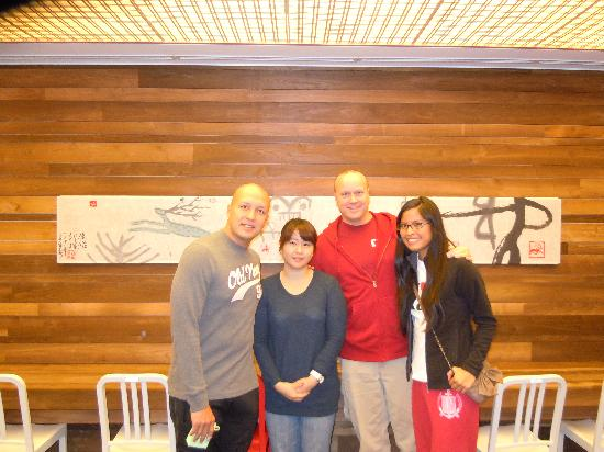 Hotel Sunbee: Us with Kim