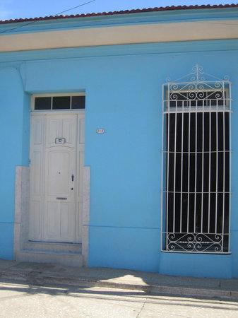 Colonial Carlos : Fachada