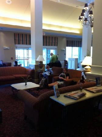 Hilton Garden Inn Plymouth: lobby area