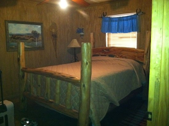 Frio Country Resort: master room