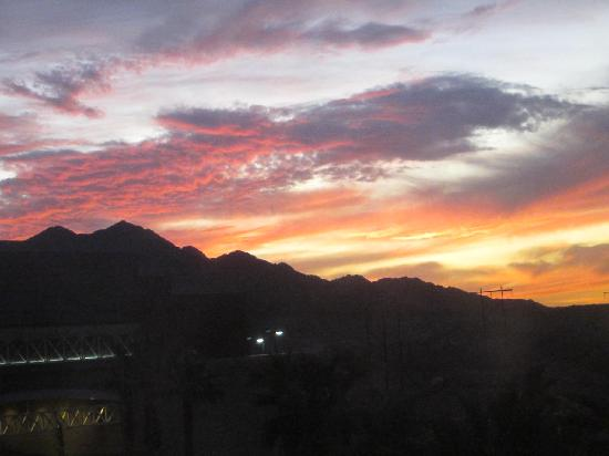 Quechan Casino Resort: sunset from our window