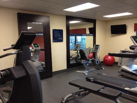 هامبتون إن توماه: Exercise Room