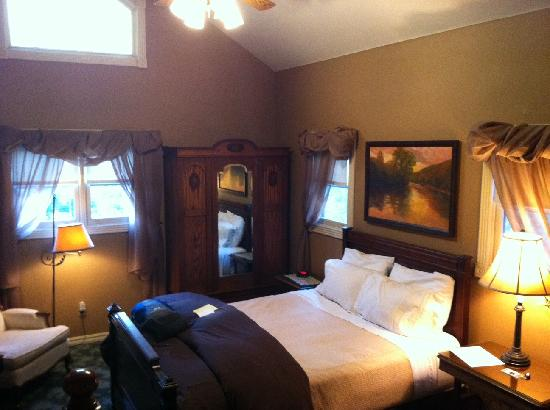 The Inn at Rose Hall Bed and Breakfast: Gallery room