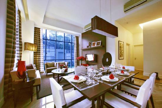 Orchard Scotts Residences by Far East Hospitality: 2 Bedroom Deluxe - Living Roo