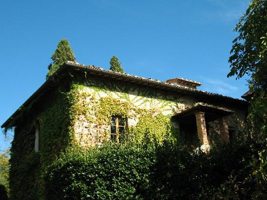 Villa Le Barone : One of the other buildings on the premises