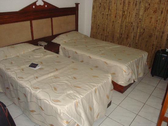 Full Moon Garden Hotel : Double cot room