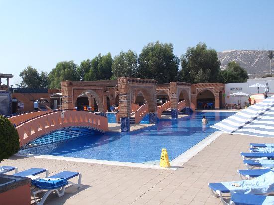 Hotel Club Almoggar Garden Beach: widok na basen
