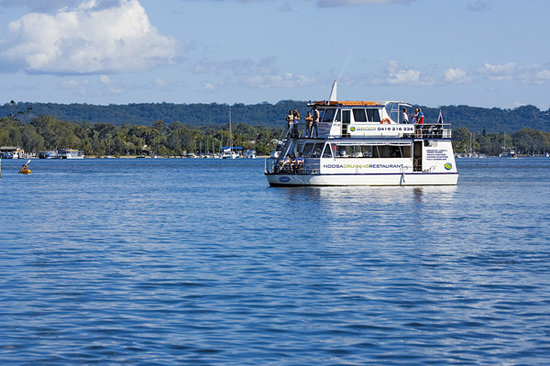 Noosa Cruising Restaurant : Another day in paradise