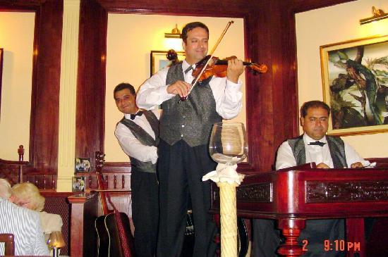 Rezkakas Bistro : Budapest - Great Music