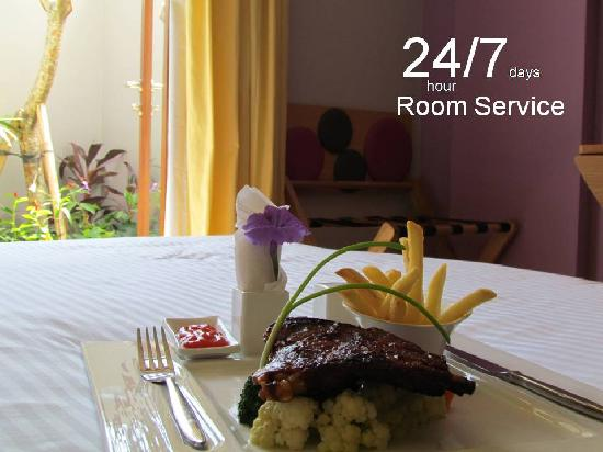 Best Western Kuta Beach: 24/7 Room Service