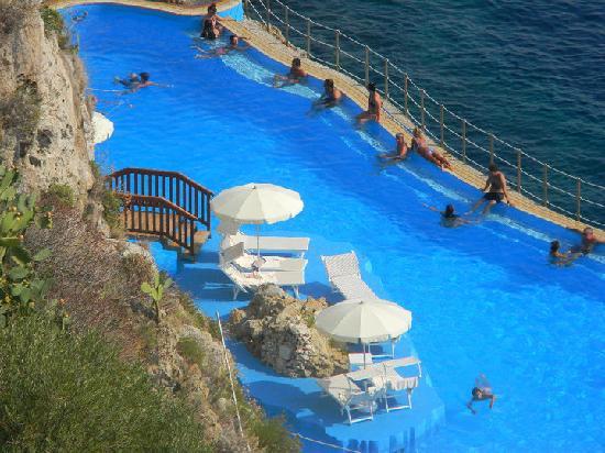 Vista serale dal terrazzo foto di atahotel capotaormina taormina tripadvisor - Hotel con piscina catania ...