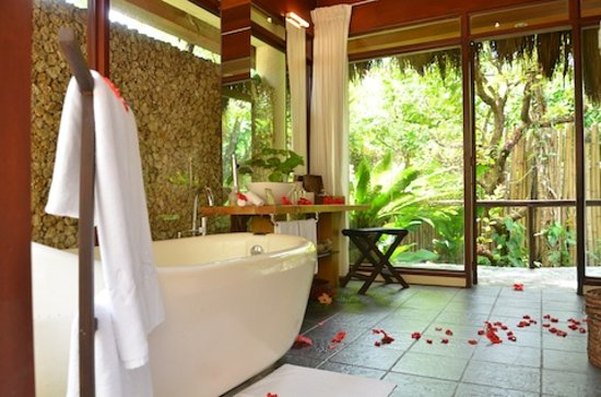 Mandala Spa & Resort Villas: Resort Villa Bathroom