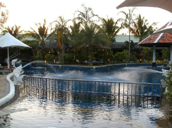 แอคเซส รีสอร์ท แอนด์ วิลล่า: part of main area of lagoon pool
