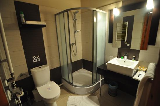 Tango House Bed & Breakfast: Bathroom