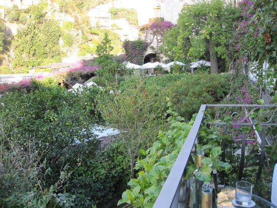 Hotel Palazzo Murat: our balcony over the garden