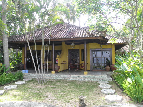 Alang-Alang Boutique Beach Hotel: bungalow 105