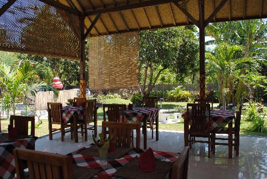 Kubuku Ecolodge and Resto: Breakfast area