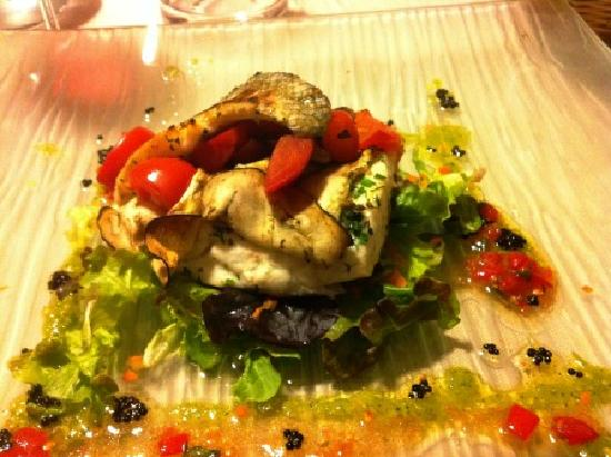Lerici, Włochy: Bass stuffed with eggplant and tomatoes