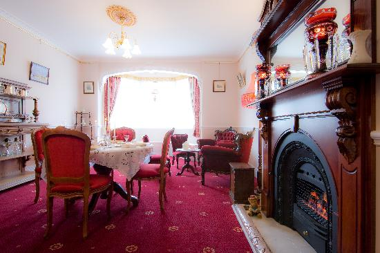 Briardale Bed & Breakfast: Dining Room