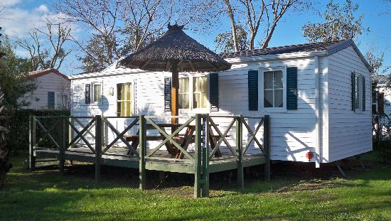 Camping Les Galets: Hébergement Mobilhome