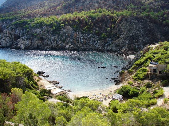 Cala d'en Serra Beach