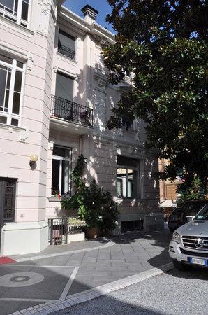 Hotel Genovese Villa Elena: Ambiente raffinato e raccolto.