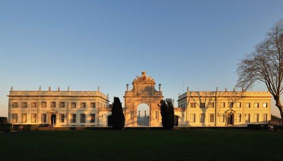 Tivoli Palácio de Seteais: Exterior at Tivoli Palacio de Seteais