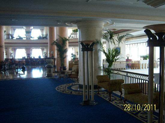 Sheraton Cesme Hotel Resort & Spa: Eingangsbereich Hotel