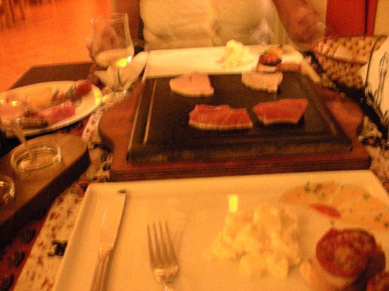 Restaurante Chandinho : Heißer Stein