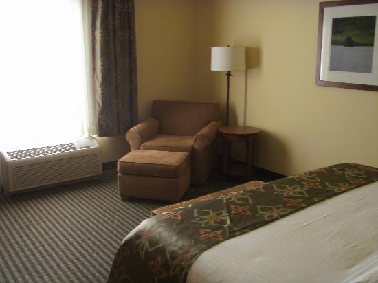Best Western Plus Westgate Inn & Suites: Reading nook