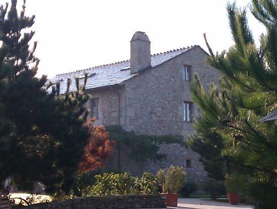 Casa do Mudo: la casa desde el jardin