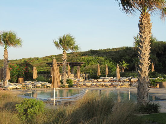 The Sanctuary Hotel at Kiawah Island Golf Resort: Pool area