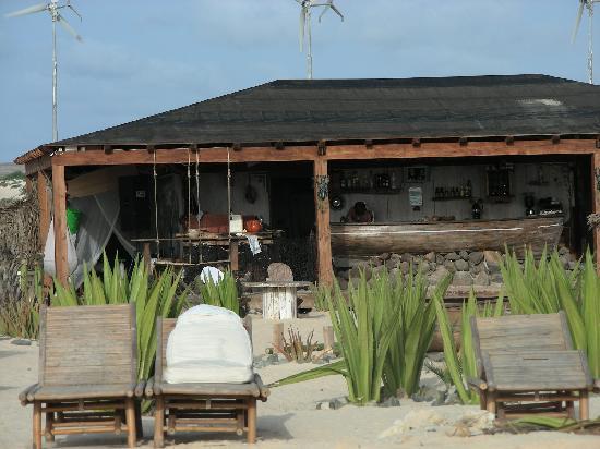 Morabeza Beach Bar & Lounge Restaurant: Bar