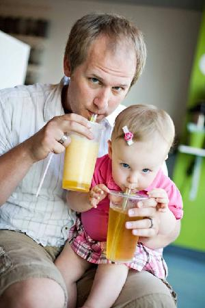 O-CHA tea bar: Like father like daughter