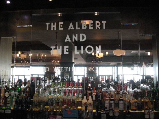 albert and the lion