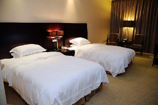 Sichuan Tennis International Hotel: Single Beds