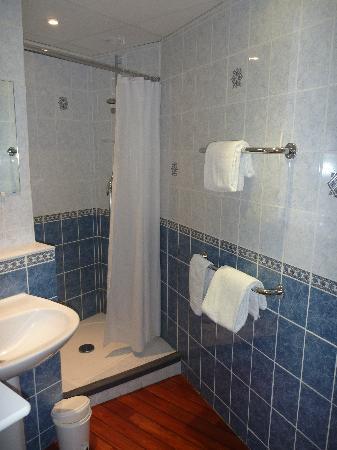 Hotel Saint Aignan : salle de bain