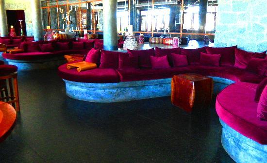 Carmelo Resort & Spa, A Hyatt Hotel: rincón del bar