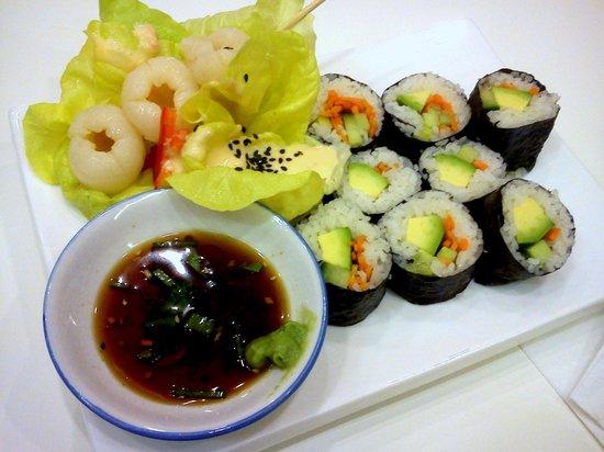Loving Hut: veg. Maki