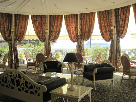 Excelsior Palace Hotel: Great views from all public rooms.