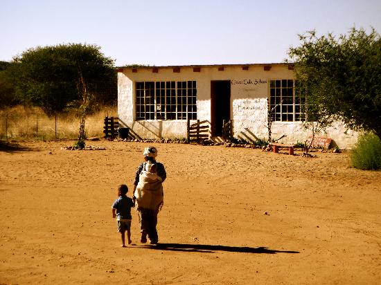 N/a'an ku se Lodge and Wildlife Sanctuary : School where the bushmen children spend the day, volunteers can go there for a morning if they s