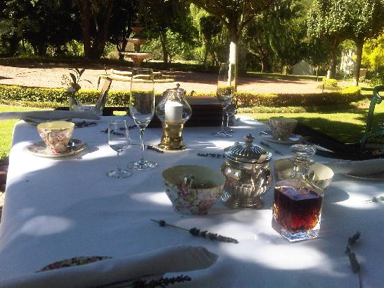 Budmarsh Country Lodge: Royalty Style High Tea Anyone??
